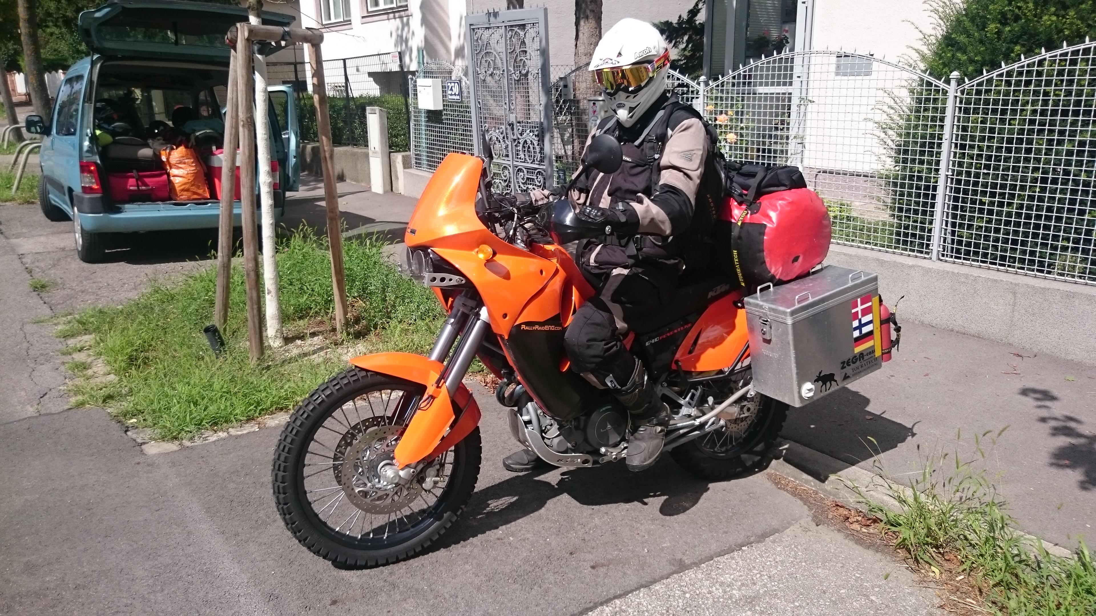 Experten sehen gleich: Das Moped liegt zu tief!